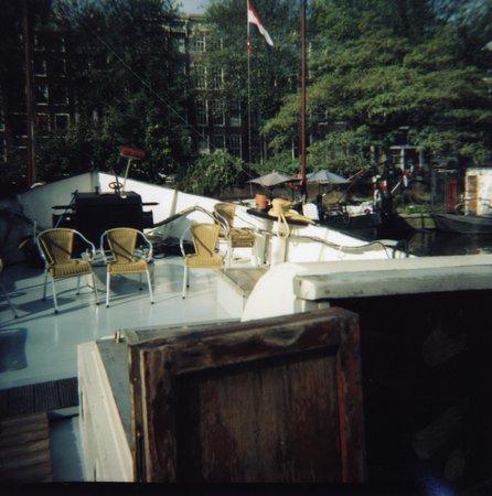 Amsterdam Love Houseboat: Il ponte e la porticinina di ingresso