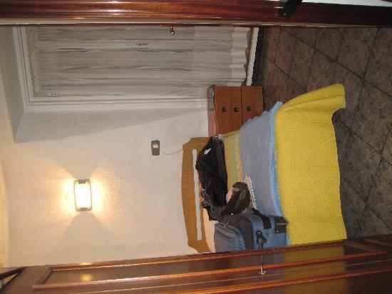 Hostal La Banezana: Single Bedroom.
