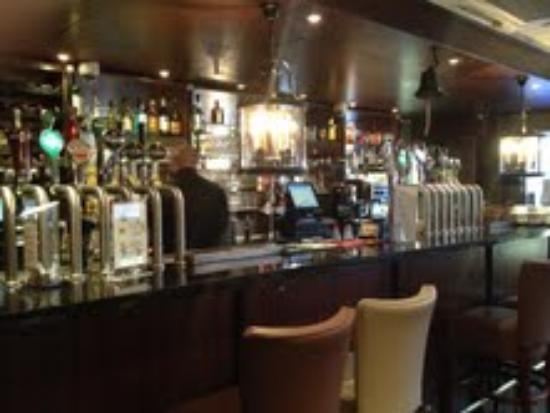 Maples House Hotel: Hotel Bar