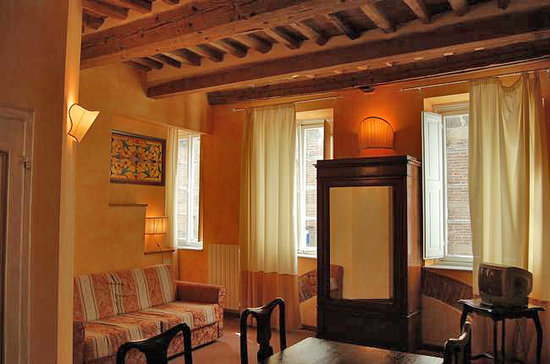 Photo of La Tosca Rooms Lucca