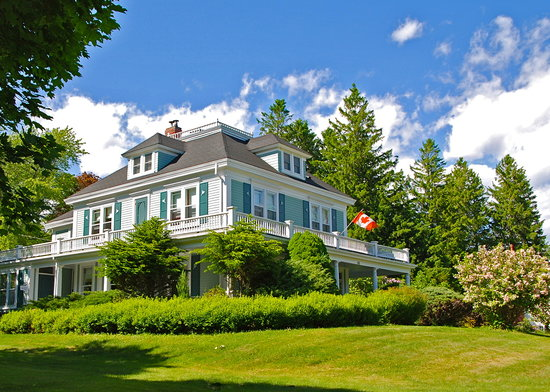 Photo of Alicion Bed & Breakfast Lunenburg