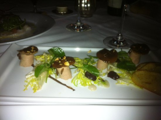 Le Foret: Foie gras stemmed mushroom - delish!