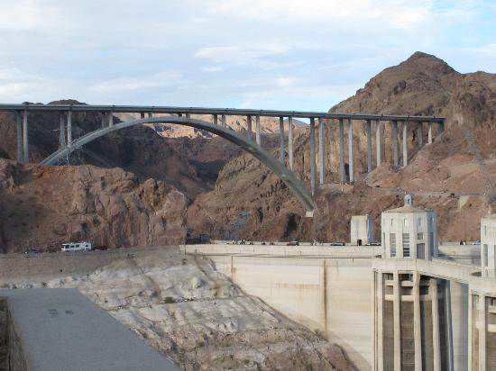 hoover dam at night picture of hoover dam bypass las vegas tripadvisor. Black Bedroom Furniture Sets. Home Design Ideas