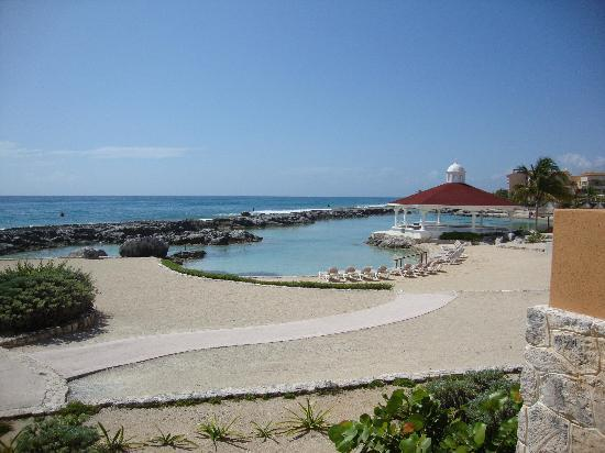Hard Rock Hotel Riviera Maya: No beaches, but coves like this