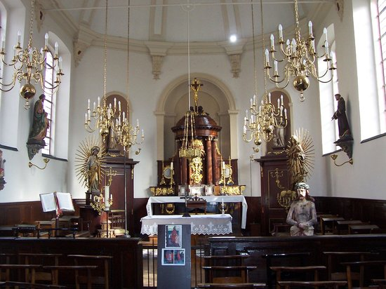 Kortrijk, België: Chapelle Saint-Mathieu : choeur