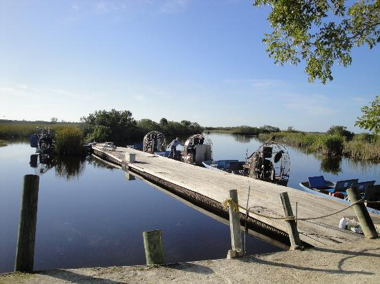 Capt Mitch's - Everglades Private Airboat Tours: embarcadère