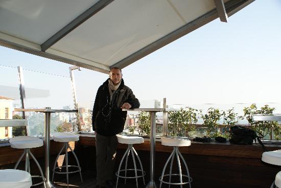Io Al Litera Bar Picture Of Litera Istanbul Tripadvisor