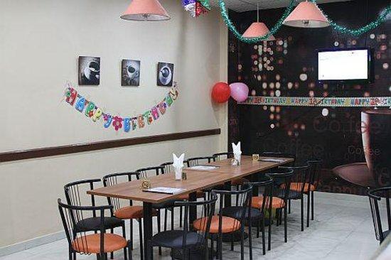 Baladina Cafe: Birthday party at Baladina