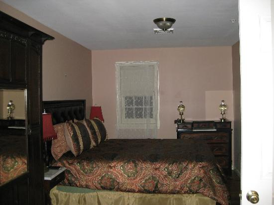 Tillie Pierce House Inn: The suite