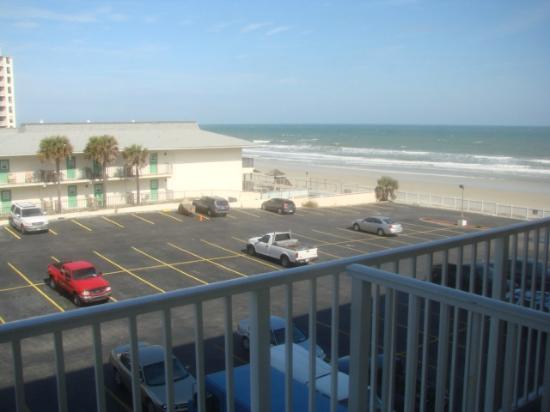 Castaways Beach Resort: #406 Managed by Chelle Realty LLC for vacation rentals