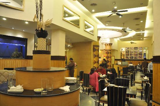 Inside Flurys Picture of Flurys Kolkata Calcutta  : inside flurys from tripadvisor.co.uk size 550 x 365 jpeg 38kB
