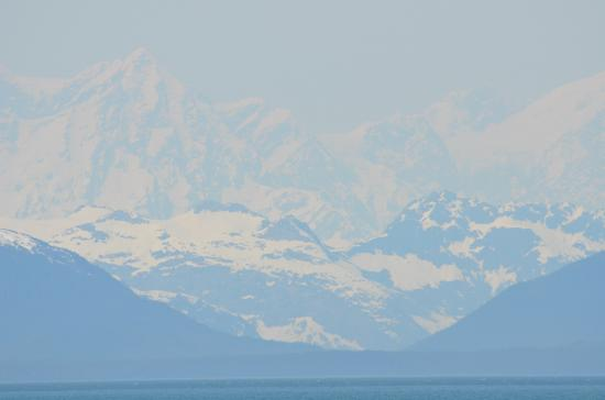 Glacier Bay Lodge: The Fairweather Mountain Range