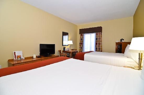 Holiday Inn Express Stone Mountain: Two Queen Bed