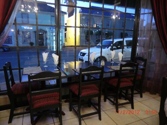 Brian's Grill and Family Restaurant : Restaurant
