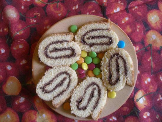 Piccola Sicilia Ragolia : girelle! pan di spagna e nutella