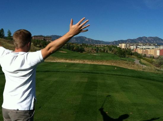 Omni Interlocken Hotel: Golfing