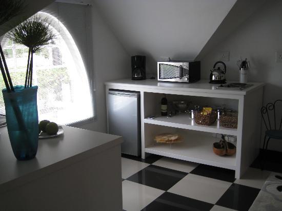 Rothman Manor: Kitchen
