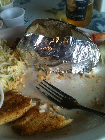 Cap'n Roy's: Delux Seafood Platter