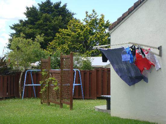 Touchwood Motor Lodge: Washing Line