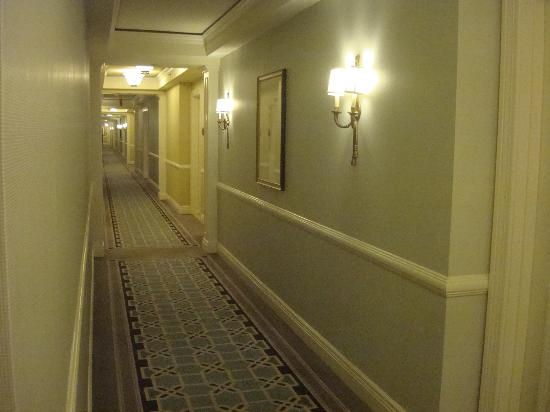 The Ritz-Carlton, Washington, DC: Hallway