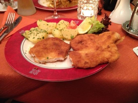 Saran Essbar: Chicken Schnitzel