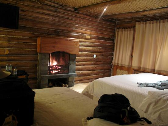 Hosteria Cabanas del Lago: Inside our Cabin