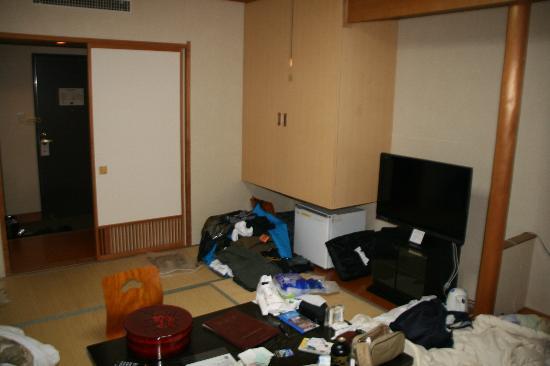 Hakuba Yamano Hotel: Front of Japanese Room