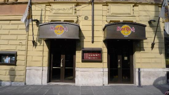 foto de hard rock cafe rome roma hard rock cafe rome 2. Black Bedroom Furniture Sets. Home Design Ideas