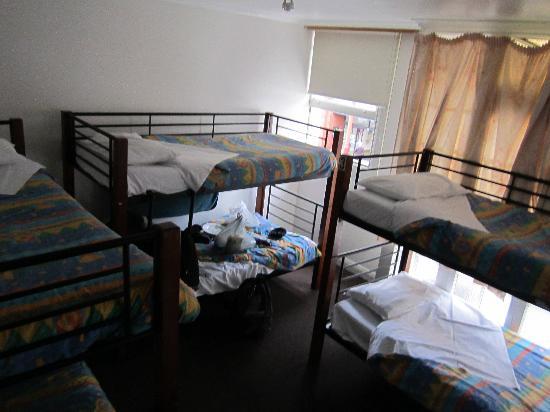 برونزويك هوتل - هوستل: Hostel Room