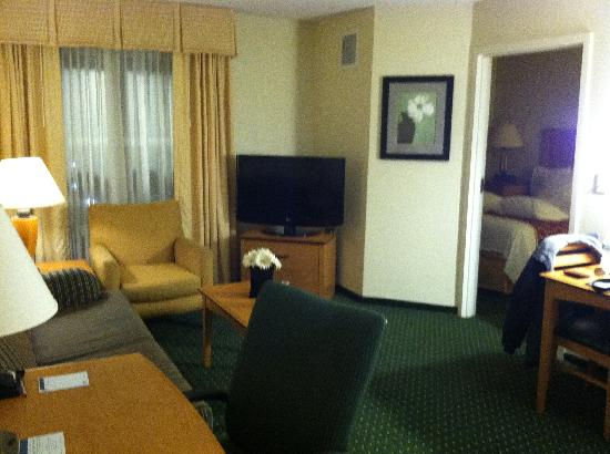 Residence Inn by Marriott Harrisburg Carlisle : Res Inn Lvg Rm