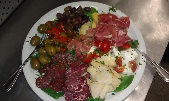 Sal's Italian Restaurant and Pizzeria: Italian Antipasto