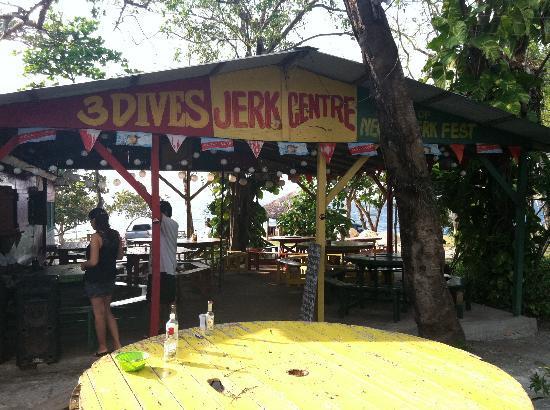 3 dives restaurant jamaica