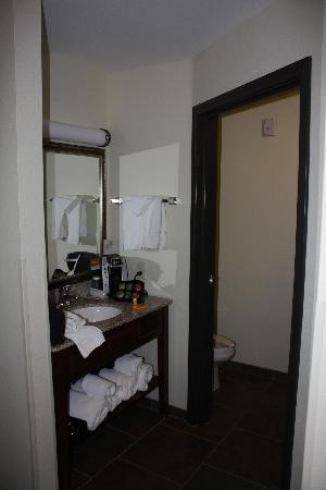 La Quinta Inn & Suites Las Vegas Airport N Conv.: salle de bain