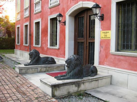 Photo of Hotel Villa Montanarini Luzzara