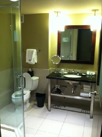 The Westin Huntsville: Bathroom has hair dryer, double head shower, separate bathtub and the best smelling soaps & sham