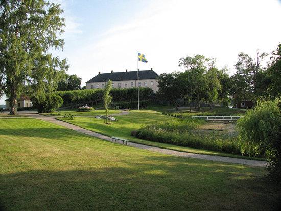 Enkoping, Suécia: Gronsoo palace garden