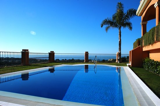 "The Marbella Heights Boutique Hotel: Pool at ""The Marbella Heights"""