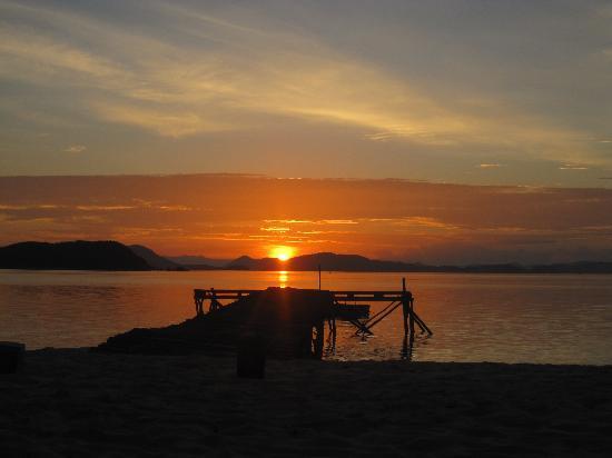 Mangenguey Island: Mangenguey sun rise!