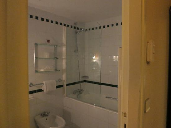 Bathroom picture of hotel lutetia paris tripadvisor - Hotel lutetia renovation ...