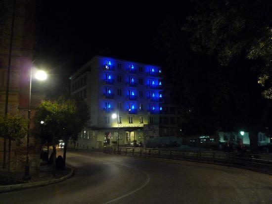 珊伽洛宮殿酒店照片
