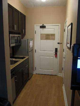 TownePlace Suites Arundel Mills BWI Airport : Kitchenette
