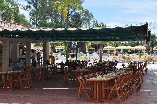 Los Pinos Resort & Spa Termal : almuerzo