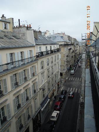 Hôtel Joyce - Astotel : Street view from balcony