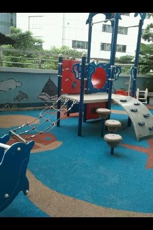 PARKROYAL Serviced Suites Kuala Lumpur: playground for kids too