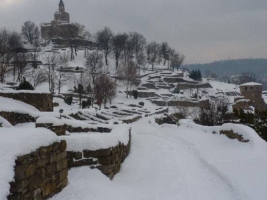 Tsarevets Fortress: Ansicht von Kirche