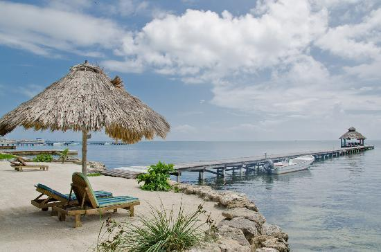 Xanadu Island Resort: Incredible view of the private palapa