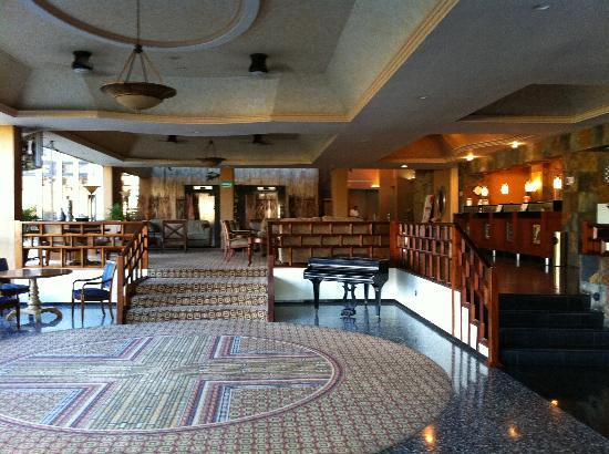 Vestíbulo Hotel Honduras Maya