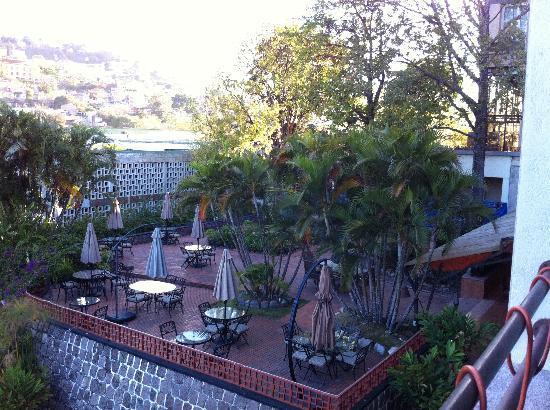 Hotel Honduras Maya: Piscina mayor Hotel Maya Honduras