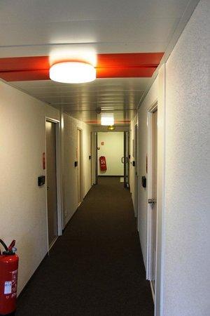 hotelF1 Metz centre Devant-les-Ponts: the gangway