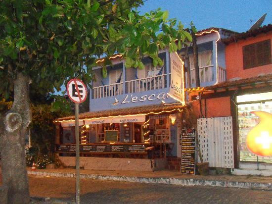 L'Escale Tantra Restobar : Photo prise du restaurant à la tombée de la nuit